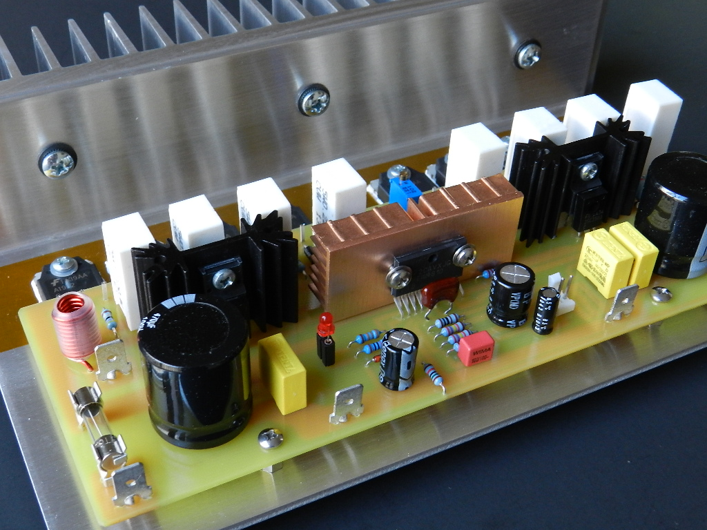 Project 40 Buildaudioamps Audio Generators Projects Circuits Is A Scaled High Powered Version Of An Earlier Lme49810 The Power Output Stage Three Emitter Follower Circuit